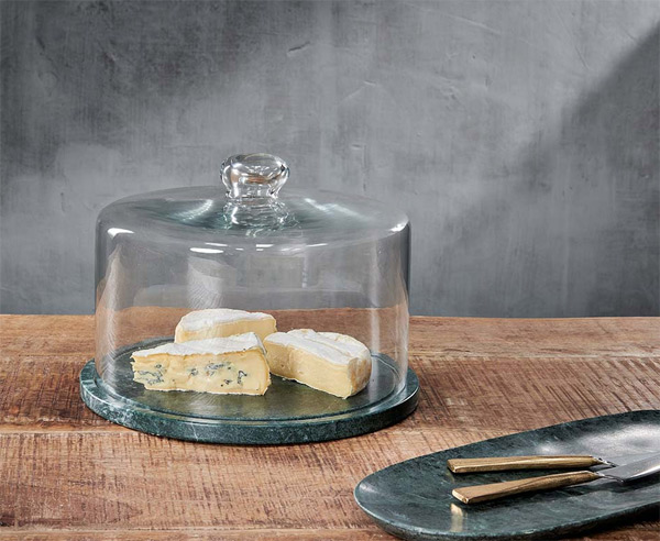 cheese dish with lid