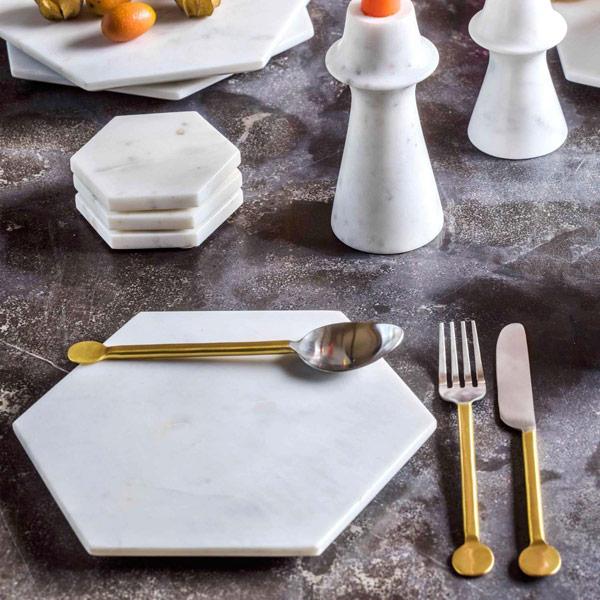 modern xmas table setting