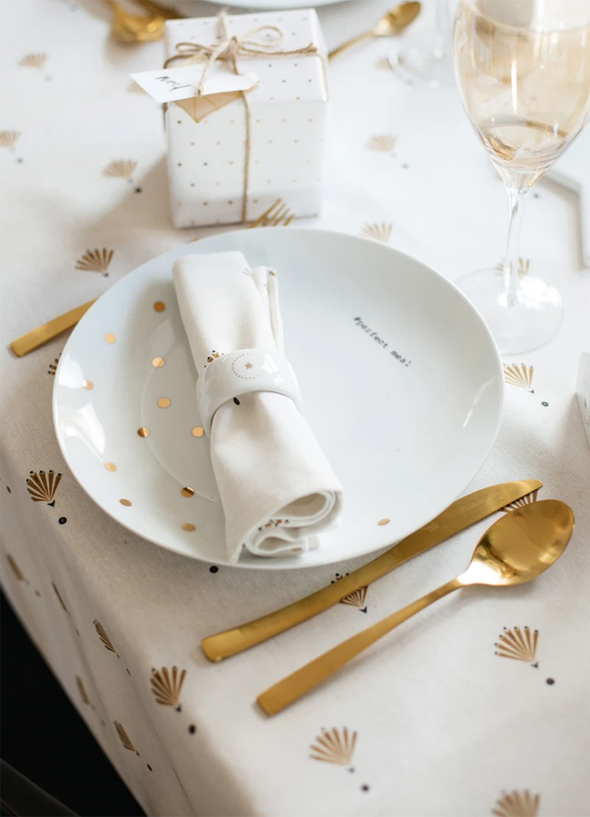 gold and white christmas table runner